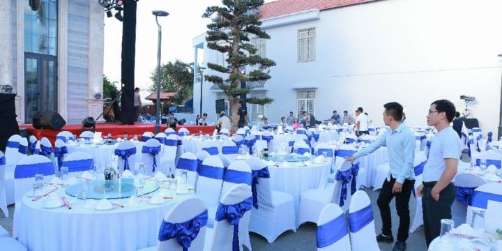 Công ty tổ chức tiệc tân gia chuyên nghiệp tại Vĩnh Long